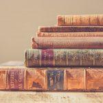 chris lawton zvKx6ixUhWQ unsplash 150x150 - Læs om de nye bøger i avisen